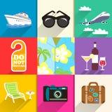 Reis en vakantie geplaatste pictogrammen Royalty-vrije Stock Afbeeldingen