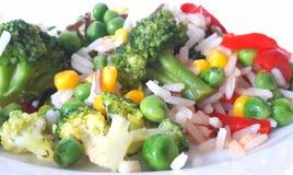 Reis gekocht mit Gemüse Stockfotos