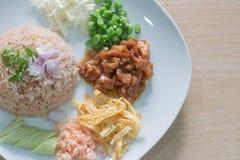 Reis gemischt mit Garnele Lizenzfreie Stockbilder