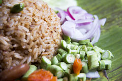 Reis gemischt mit Garnelenpaste Stockbild