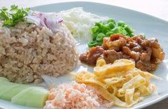 Reis gemischt mit Garnelepaste Lizenzfreie Stockbilder