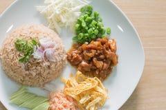 Reis gemischt mit Garnelepaste Lizenzfreie Stockfotos