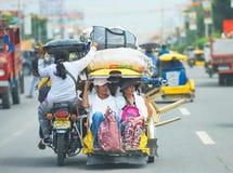 Reis met drie wielen in de Filippijnen Stock Afbeeldingen