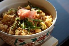 Reis mit essbaren Meerestieren Stockfotos