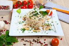 Reis mit Pilz Stockfoto