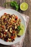 Reis mit roter Bohne, Pilzen und Gemüse Stockbilder
