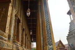 REIS PALÁCIO EXTERIOR BANGUECOQUE TAILÂNDIA Fotos de Stock Royalty Free