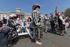 Reis perolados e Queens na festa de St George em Trafalgar Square Fotografia de Stock