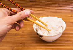 Reis und Ess-Stäbchen Lizenzfreies Stockfoto