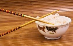 Reis und Ess-Stäbchen Stockfotos