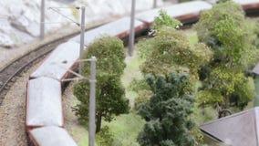 Reis van een passagierstrein met vervoer stock videobeelden