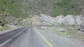 Reise auf Chuysky-Steilpass Chike Taman stock footage
