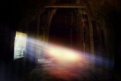 Reise in den mysteriösen Ländern Sonnenlichtglanz durch das Fenster Stockbilder