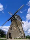 Reise Lettland: Windmühle Lizenzfreie Stockfotografie