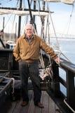 Reise-Mann auf einem historischen Schiff Lizenzfreie Stockfotos
