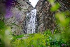 Reise nach dem Wasserfall Stockbilder