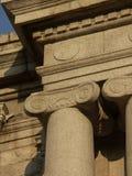 Reise nach Rom oder Griechenland und sehen alte Spalten und Säulen Lizenzfreie Stockbilder
