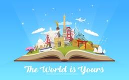 Reise zur Welt Offenes Buch mit Marksteinen Lizenzfreie Stockfotografie