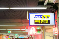 Reisebank en Western Union Royalty-vrije Stock Foto