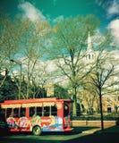 Reisebus vor Christ-Kirche in Philadelphia Stockbilder