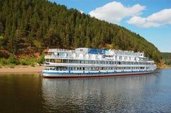 Reiseflugboot des weißen Flusses Lizenzfreie Stockfotografie