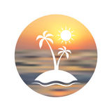 Reisembleem Toeristische achtergrond Het silhouet van palm unfocused zonsondergangachtergrond Stock Fotografie