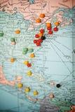 Reisen-Karte mit Stoß-Stiften Stockfotografie