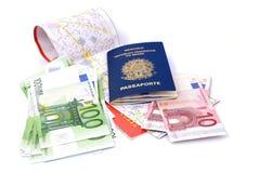 Reisen-Notwendigkeiten lizenzfreie stockbilder
