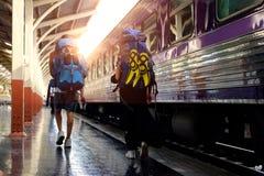 Reisender in der Eisenbahn Stockfotografie