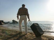 Reisender mit Beutel Stockfotos