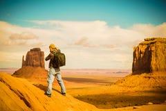 Reisephotograph bei der Arbeit Lizenzfreie Stockfotografie