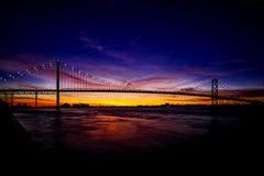 Reiseziel-bunter Detroit River Sonnenuntergang Lizenzfreie Stockbilder