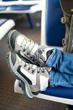 Reislaarzen in een trein Stock Foto's