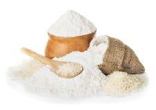 Reismehl und Reis in der Schüssel Stockfotografie