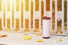 Reismok met koffie Royalty-vrije Stock Afbeelding