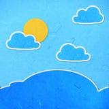 Reispapier-Schnitthimmel mit Wolken lizenzfreie abbildung