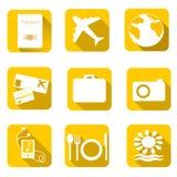 Reispictogrammen op kleurenachtergrond Vector illustratie Royalty-vrije Stock Foto