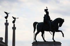 Reiterdenkmal zum Sieger Emmanuel II Stockbilder