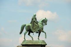 Reiterstatue des sächsischen Königs Johann mit dem Hintergrund des blauen Himmels in Dresden, Deutschland Lizenzfreie Stockfotografie