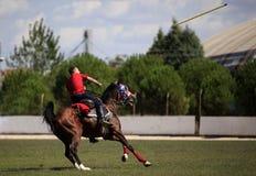 Reiterwettbewerb mit Speer Stockbild