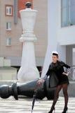 A reivindicação da rainha preta da xadrez Imagens de Stock