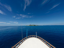 Reizend cruiseschip Stock Afbeeldingen