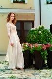 Reizend elegante Braut Stockbilder