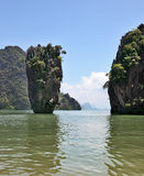 Reizend Insel - Felsen in Form eines Vase Lizenzfreie Stockbilder