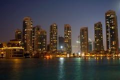 Reizend Nacht in Dubai Stockfotografie