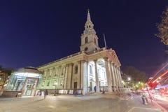 Reizend op de beroemde St Martin-in-de-Gebieden, Verenigd Londen, Stock Fotografie