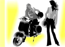 Reizende junge Paare mit Motor Stockbilder