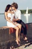 Reizende schöne Paare der Mode Stockbild