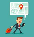 Reizende zakenman die kaarttoepassing op smartphone gebruiken Royalty-vrije Stock Foto