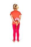 Reizendes blondes Mädchen mit Blumen Stockfotos